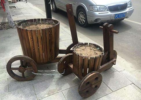 新疆防腐木工程报价